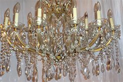 25-Light Crystal Chandelier